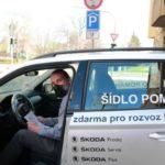 Škoda Auto pomáhá